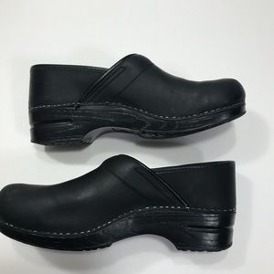 Sanita Leather Nursing Clogs - Size 42